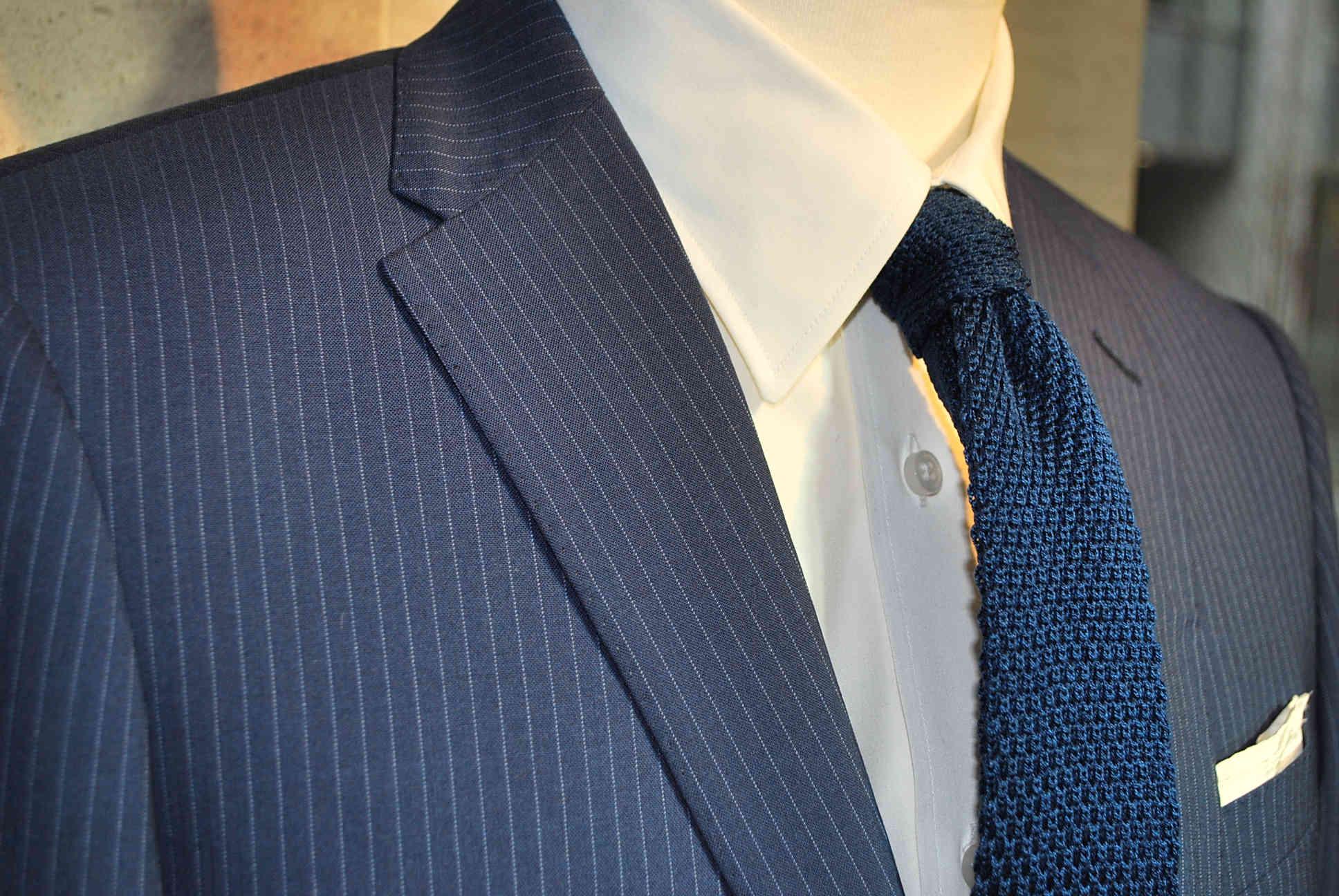 2019年卒の就活は何色のリクルートスーツを着たら良いか