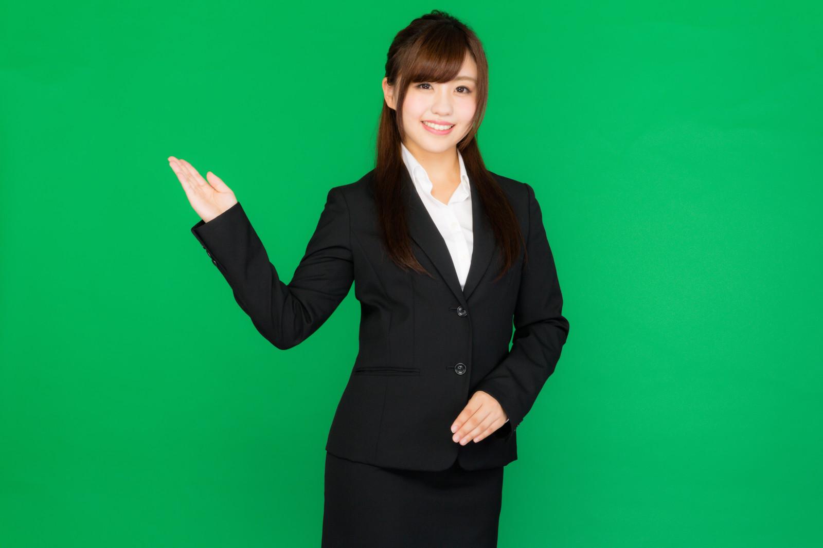 2019年卒の就活女性におすすめするリクルートスーツの選び方