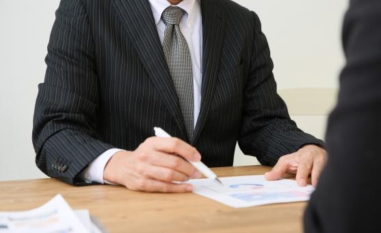 意識高い就活生の意思決定プロセスの特徴は論理的な思考にあります