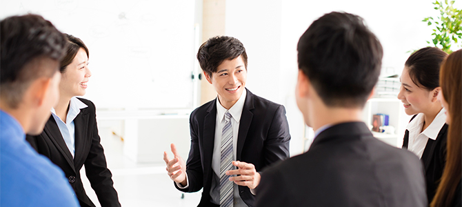就活生が企業説明会で人事担当に質問するならキャリアプランについて